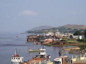 Une vue de la ville de Boma