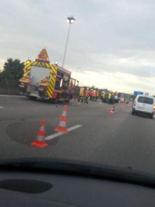 Pour le NPA aucun hasard dans l'accident entre un camion et une voiture sur l'A13. Suppression du péage D'INCARVILLE !