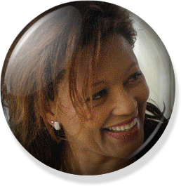 ÉMISSION DR MOUKETOU REÇOIT INVITÉS: MARIE-REINE HASSEN (RCA)