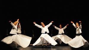 Quand le Chah n'est pas là, les soufis dansent...