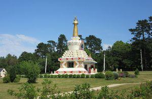 Centre bouddhique tibétain Drukpa Plouray en Bretagne
