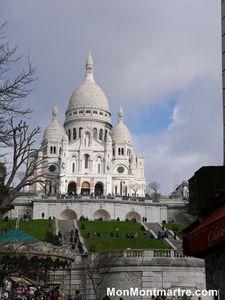 Les 500 marches pour accéder à la Basilique de Montmartre