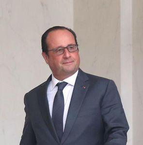 Le président François Hollande en visite à La Courneuve aujourd'hui