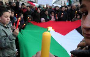 Le drapeau palestinien flotte sur la mairie d'Aubervilliers
