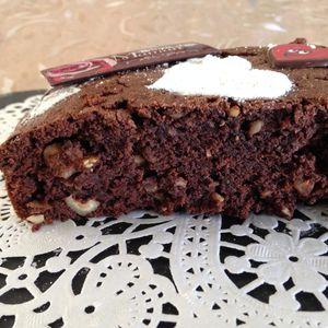 Vos réalisations : le brownie chocolat, noisettes et noix de cajou de Joce...
