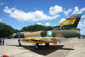 IAI Mirage 5 &quot&#x3B;Finger/Dagger&quot&#x3B; - Grupo Aéreo 6 de Caza - 1 Esquadrão - Malvinas/Falklands war comemorative sheme