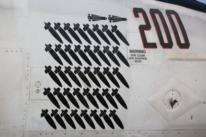 Boeing F/A-18E Super Hornet &quot&#x3B;Rhino&quot&#x3B; - VFA 211 &quot&#x3B;Fighting Checkmates&quot&#x3B; CAG 2015 with mission marks