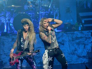 Steel Panther + The Lounge Kittens - Ancienne Belgique - Bruxelles - le 2 avril 2015
