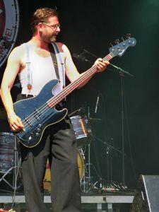 Le rock belge déplore le décès de Lenn Dauphin.