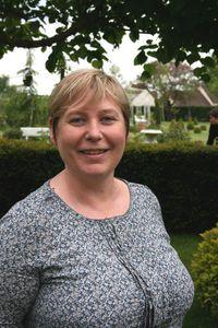 Isabelle Élizabeth, 44 ans, professeur des écoles