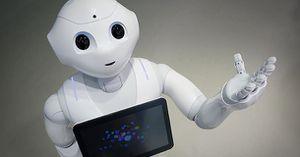 L'HOMME ET LES ROBOTS