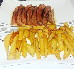 magret de canard et frites maison