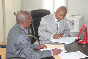 Le Président Touadera déclare son patrimoine à la Cour Constitutionnelle de la Transition.