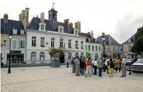 Visite de Châteaudun à la lampe torche