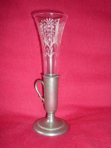 Vase soliflore en cristal et étain