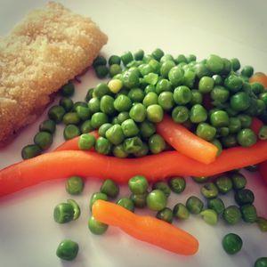 Petit pois carottes, filets pané colin d'Alaska #régime #regimeuse #motivé #reequilibragealimentaire #sante #regimeusemotivee #pertedepoids #mincir #mangerbouger #calories #corpdereve #hellocoton #overblog