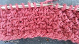 tricot qui ne roulotte pas en bas avec le point de demi-toile