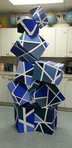 Décloisonnement GS/CP « Exposition des écoles de Biot » : La géométrie dans l'art.