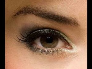 Glitter Eye Makeup Tips