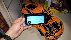Android BT controlled LEGO Porsche
