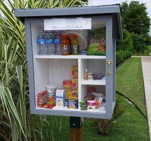 USA. The Little Free Pantry : des garde-manger en libre service.