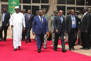 Déby mobilise l'Afrique, la France et les USA pour son investiture