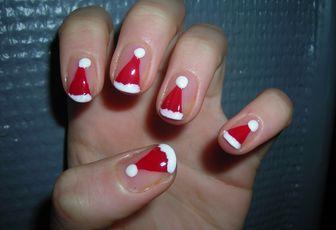 """Nail Art """"Santa Hat"""""""