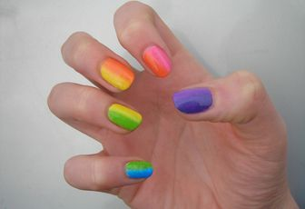 Réplique de Tartofraises : Rainbow Nails ♥