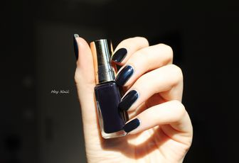 L'Oréal n°701 - Midnight Mistress