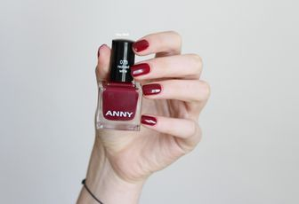 Anny n°073 - Red Red Wine
