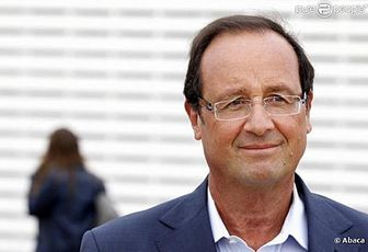 Regardez le live de François Hollande à Bercy, en direct