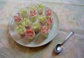 Verrines de concombre, yaourt & jambon blanc