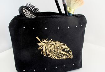 "Créa # 3 Bricole Box ""Fashion"": Ma trousse strass"