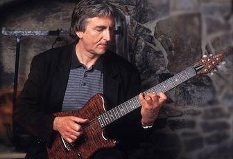 Allan Holdsworth, guitariste à pro-fusion électrique !