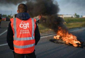 Des raffineries bloquées en marge des manifestations contre la loi travail.