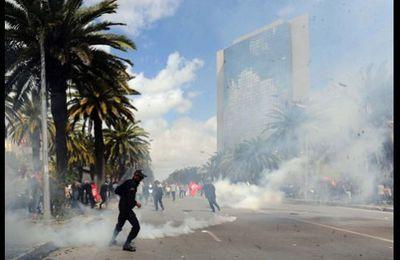 La Tunisie s'embrase après l'assassinat de Chokri Belaïd