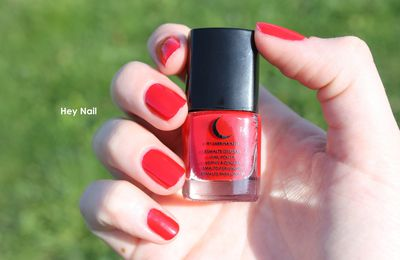 Fashion Nails n°3 - Le Rouge à l'Honneur !