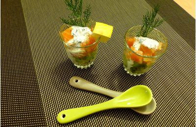 Minis verrines de kiwi, saumon, aneth