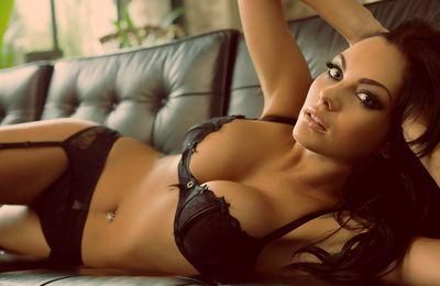 Sexy brune