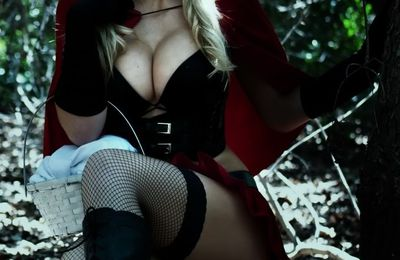 Red ridinghood cosplay