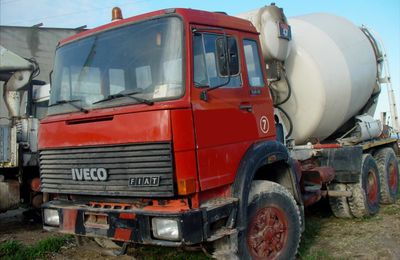 Camion IVECO 6x4 Malaxeur