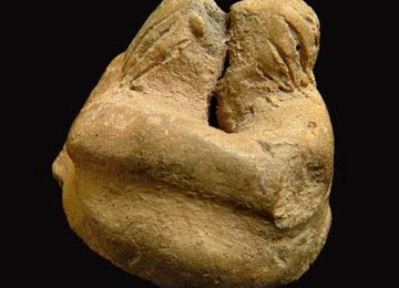 The Kiss, prehistoric 3200BC, Malta