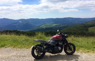 Suzuki GSX 1400 Road-tracker