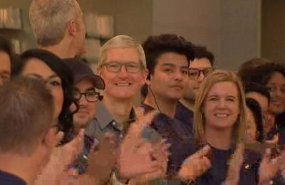 Apple CEO Tim Cook 'Thrilled' With Launch Day Response to iPhone 8