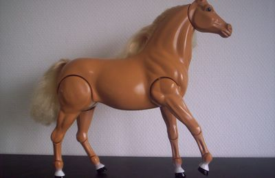 Chevaux de Barbie ?