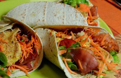 Wrap carotte, bacon, brie pané, sauce pesto