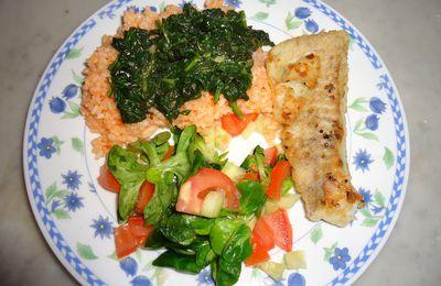 Filet de lieu noir avec riz aux épinards et mâche
