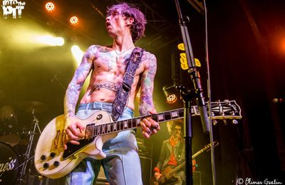 THE DARKNESS @ DIVAN DU MONDE | 18-01-2016