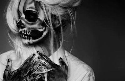 Matériaux Pour un Maquillage D'halloween