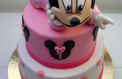 Gâteau Minnie bébé